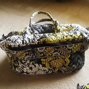 VERA BRADLEY  3 piece Travel set